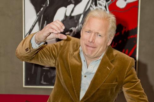 Hannes Holm Hannes Holm om quotHimlen r oskyldigt blquot Intervju